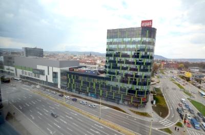 Administratívne priestory s luxusným výhľadom na CENTRUM MESTA – DUETT II