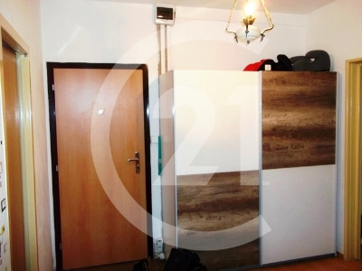 Na predaj veľký prerobený 3 izb. byt, Sídlisko KVP, Čordáková ul.EXKLUZIVNE