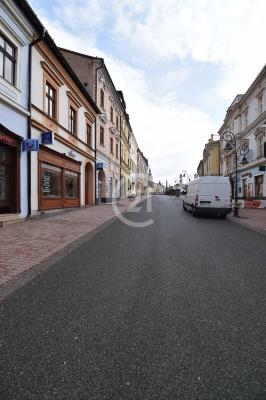 Kancelária priamo v centre mesta Banská Bystrica.
