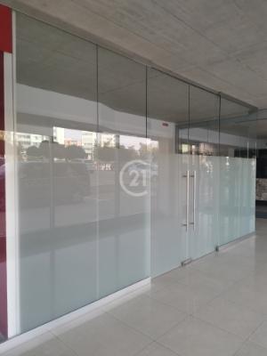 Exluzívny komerčný priestor na prenájom v ASTON building